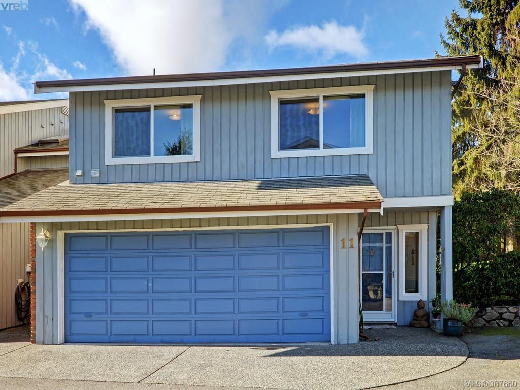 Main Photo: 11 1950 Cultra Ave in SAANICHTON: CS Saanichton Row/Townhouse for sale (Central Saanich)  : MLS®# 779044