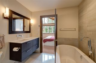"""Photo 11: 6315 FAIRWAY Drive in Whistler: Whistler Cay Heights House for sale in """"Whistler Cay Heights"""" : MLS®# R2083888"""