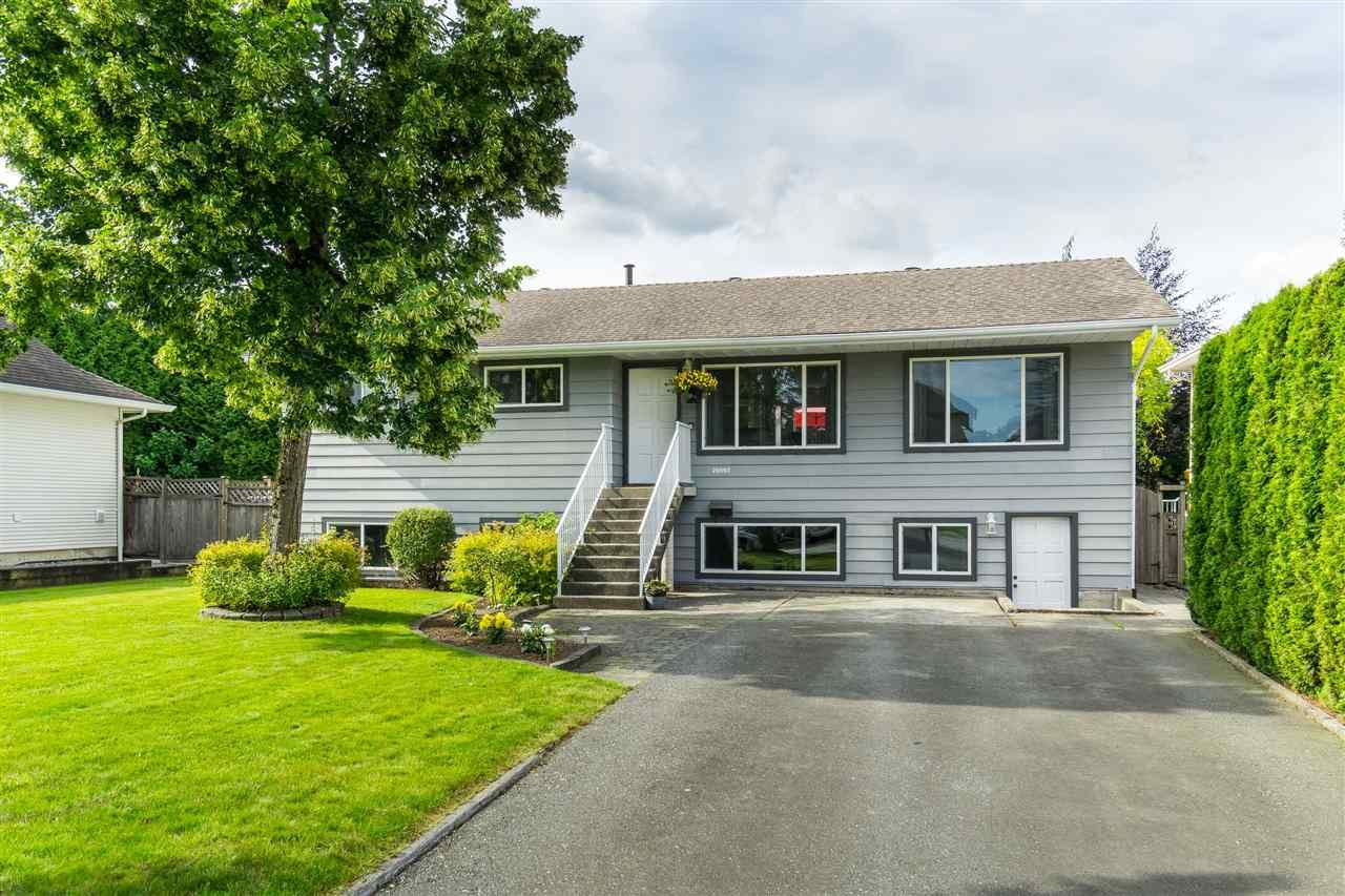 Main Photo: 26993 26 Avenue in Langley: Aldergrove Langley House for sale : MLS®# R2474952