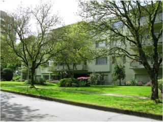 "Photo 1: 202 5475 VINE Street in Vancouver: Kerrisdale Condo for sale in ""VINECREST MANOR LTD."" (Vancouver West)  : MLS®# V998494"