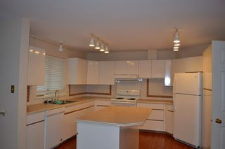 Photo 8: 135xx 14A Avenue in Surrey: Crescent Bch Ocean Pk. House for rent