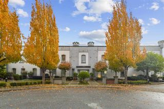 Photo 6: 319 GOVERNORS Court in New Westminster: Fraserview NW Office for sale : MLS®# C8037232
