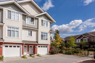 "Photo 2: 55 19480 66 Avenue in Surrey: Clayton Townhouse for sale in ""Two Blue II"" (Cloverdale)  : MLS®# R2106507"