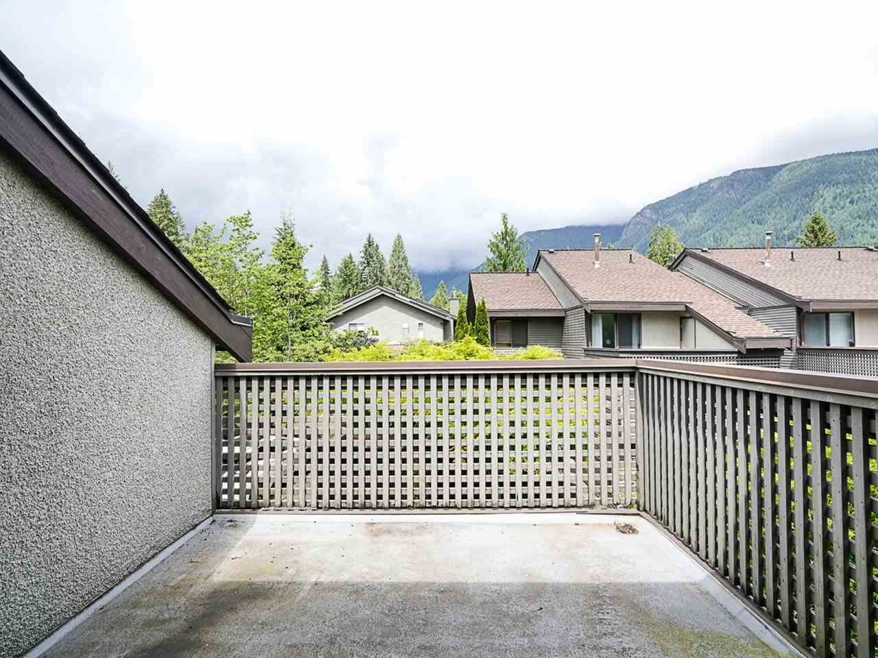 """Photo 22: Photos: 4713 GLENWOOD Avenue in North Vancouver: Canyon Heights NV Townhouse for sale in """"Montroyal Village"""" : MLS®# R2464484"""