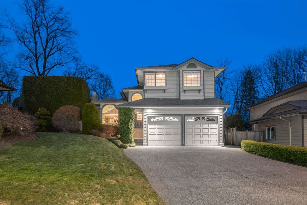 Cul de sac location, with over a 1/3 of a private acre and Kanaka Creek Views