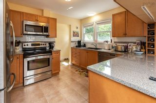Photo 2: 3881 Memorial Drive in Halifax Peninsula: 3-Halifax North Residential for sale (Halifax-Dartmouth)  : MLS®# 202122889