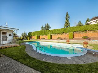 """Photo 16: 5499 120 Street in Delta: Sunshine Hills Woods House for sale in """"PANORAMA RIDGE"""" (N. Delta)  : MLS®# R2614344"""