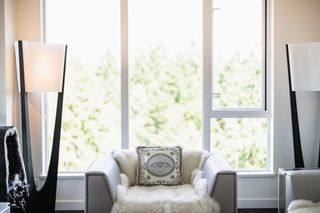 """Photo 4: 2105 3355 BINNING Road in Vancouver: University VW Condo for sale in """"Binning Tower"""" (Vancouver West)  : MLS®# R2611409"""