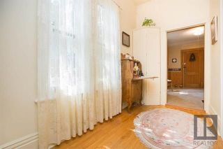 Photo 3: 59 Scotia Street in Winnipeg: Scotia Heights Residential for sale (4D)  : MLS®# 1822234