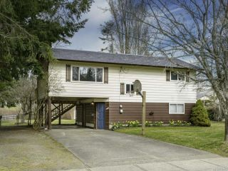 Photo 1: 1446 Dogwood Ave in COMOX: CV Comox (Town of) House for sale (Comox Valley)  : MLS®# 836883