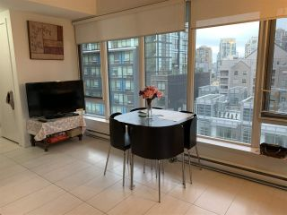 Photo 5: 703 1252 HORNBY STREET in Vancouver: Downtown VW Condo for sale (Vancouver West)  : MLS®# R2409965