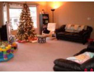 "Photo 4: 34332 MACLURE Road in Abbotsford: Central Abbotsford Townhouse for sale in ""IMMEL RIDGE"" : MLS®# F2627186"