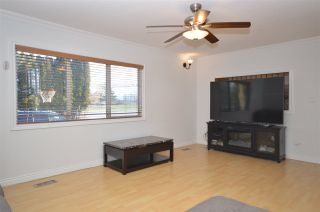 Photo 3: 3585 GLADWIN Road: House for sale in Abbotsford: MLS®# R2530530