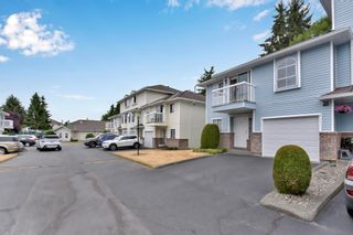 Photo 3: 4 13976 72 Avenue in Surrey: East Newton Townhouse for sale : MLS®# R2602579