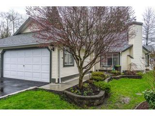 """Photo 2: 24 19649 53 Avenue in Langley: Langley City Townhouse for sale in """"Huntsfield Green"""" : MLS®# R2155558"""
