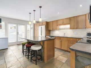 Photo 13: A3 240 W 16th Street in North Vancouver: Central Lonsdale Townhouse  : MLS®# R2178079
