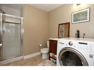 """Photo 18: 2 15454 32ND Avenue in Surrey: Grandview Surrey Townhouse for sale in """"Nuvo"""" (South Surrey White Rock)  : MLS®# F1324116"""