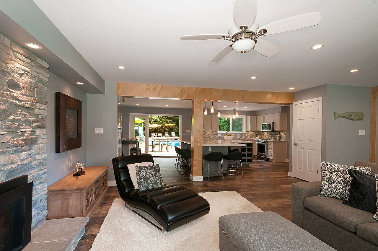 Photo 6: Photos: 4360 NOTTINGHAM ROAD in North Vancouver: Lynn Valley House for sale : MLS®# R2394443