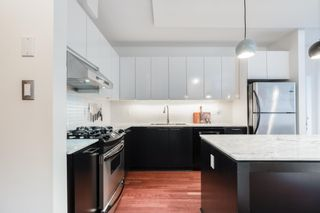 """Photo 6: 305 2828 YEW Street in Vancouver: Kitsilano Condo for sale in """"Bel-Air"""" (Vancouver West)  : MLS®# R2602736"""