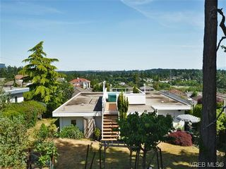 Photo 18: 2322 Evelyn Hts in VICTORIA: VR Hospital House for sale (View Royal)  : MLS®# 703774
