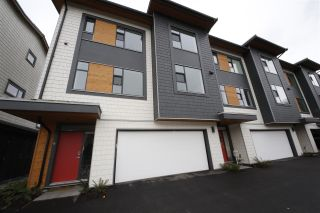 """Photo 1: 6 38447 BUCKLEY Avenue in Squamish: Downtown SQ Townhouse for sale in """"ARBUTUS GROVE"""" : MLS®# R2330599"""