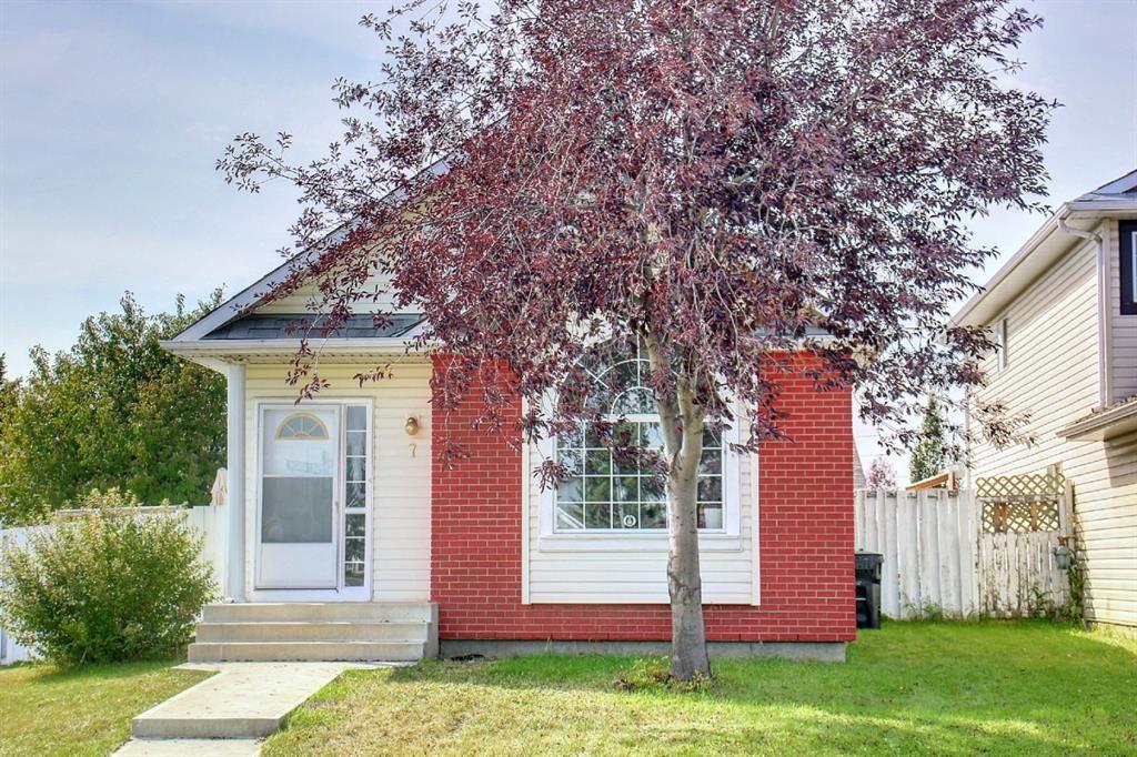 Main Photo: 7 San Deigo Green NE in Calgary: Monterey Park Detached for sale : MLS®# A1146168