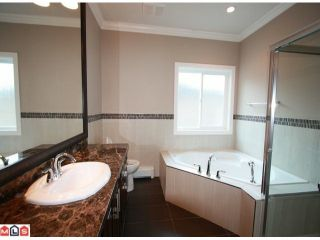 Photo 8: 12933 88TH Avenue in Surrey: Queen Mary Park Surrey House for sale : MLS®# F1021819