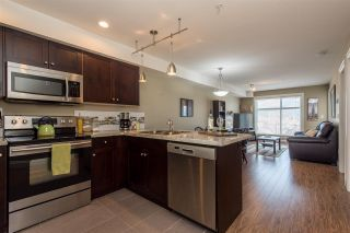"""Photo 4: 312 45640 ALMA Avenue in Chilliwack: Vedder S Watson-Promontory Condo for sale in """"AMEERA PLACE"""" (Sardis)  : MLS®# R2437025"""