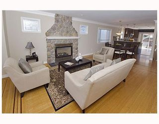 Photo 2: 2242 W 49TH Avenue in Vancouver: S.W. Marine House for sale (Vancouver West)  : MLS®# V747235