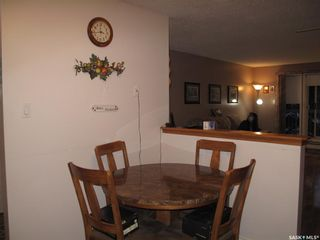 Photo 8: 205 706 Confederation Drive in Saskatoon: Confederation Park Residential for sale : MLS®# SK839116