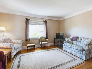 Photo 10: 686 Monterey Ave in Oak Bay: OB South Oak Bay House for sale : MLS®# 845564