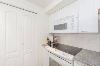 "Photo 7: 203 657 W 7TH Avenue in Vancouver: Fairview VW Townhouse for sale in ""The Ivys"" (Vancouver West)  : MLS®# R2438858"