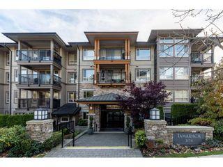 "Photo 1: 518 3178 DAYANEE SPRINGS Boulevard in Coquitlam: Westwood Plateau Condo for sale in ""Tamarack"" : MLS®# R2416860"
