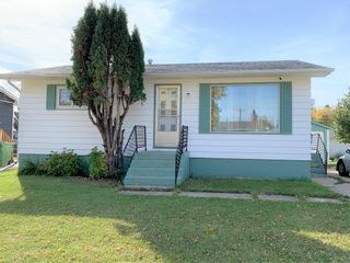 Photo 1: 107 Bossons Avenue in Dauphin: R30 Residential for sale (R30 - Dauphin and Area)  : MLS®# 202123893