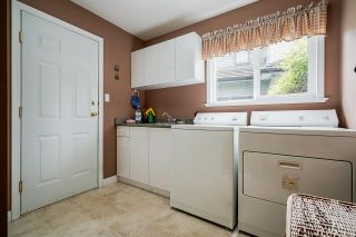 """Photo 18: 7319 146A Street in Surrey: East Newton House for sale in """"Chimney Heights"""" : MLS®# R2491156"""