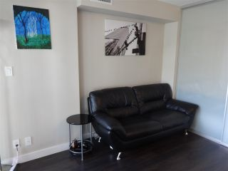 """Photo 4: 1001 1618 QUEBEC Street in Vancouver: Mount Pleasant VE Condo for sale in """"CENTRAL"""" (Vancouver East)  : MLS®# R2586251"""