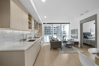 "Photo 3: 413 89 NELSON Street in Vancouver: Yaletown Condo for sale in ""THE ARC"" (Vancouver West)  : MLS®# R2561204"