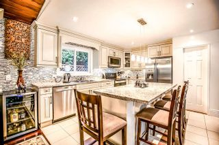Photo 3: 990 KINSAC Street in Coquitlam: Coquitlam West House for sale : MLS®# R2025816