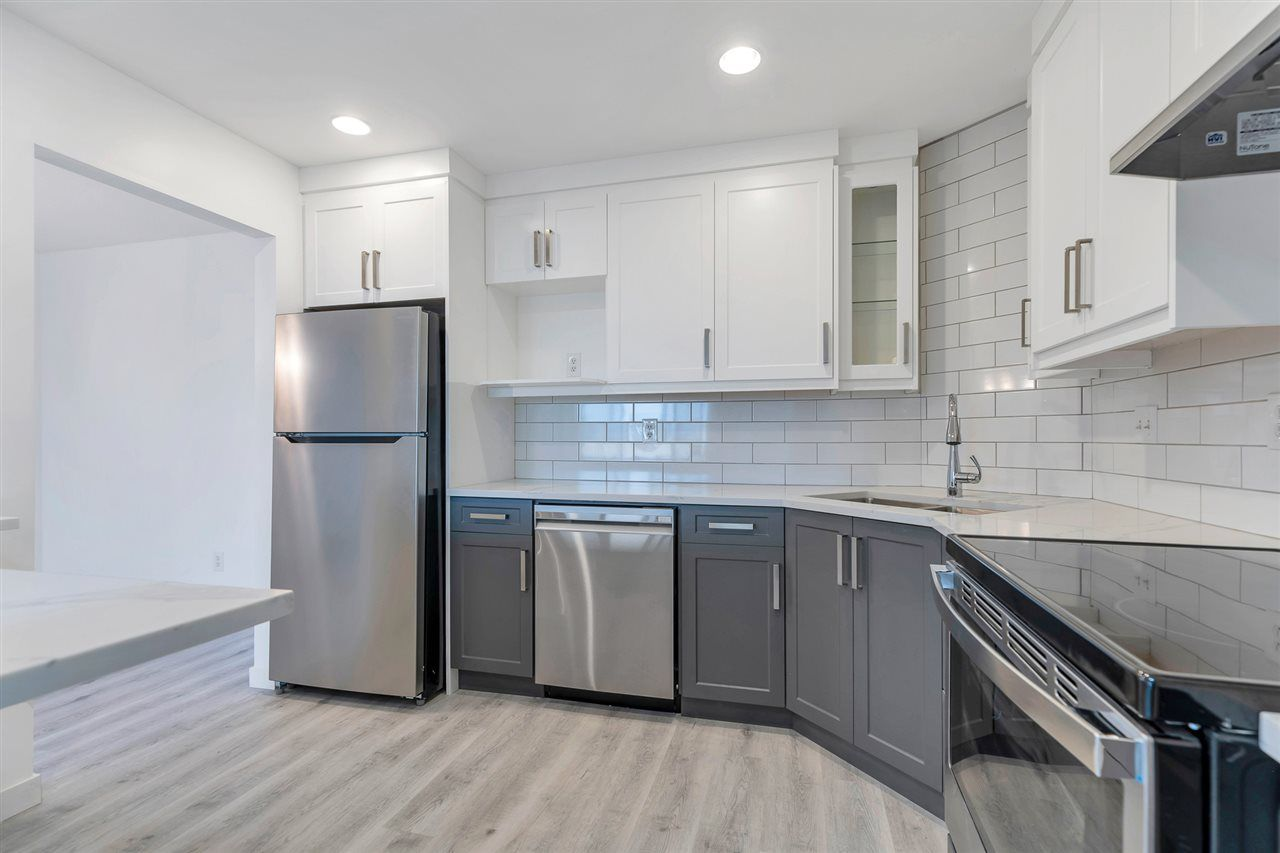 """Photo 2: Photos: 201 2491 GLADWIN Road in Abbotsford: Central Abbotsford Condo for sale in """"Lakewood Gardens"""" : MLS®# R2546752"""