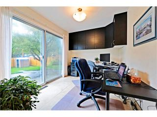 Photo 27: 2307 LANCING Avenue SW in Calgary: North Glenmore House for sale : MLS®# C4039562
