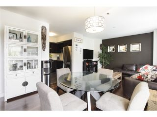 Photo 2: 3160 Prince Edward Street in Vancouver: Mount Pleasant VE Townhouse for sale (Vancouver East)  : MLS®# V1123362