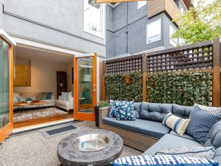 Photo 3: 1367 W Walnut Street in Vancouver: Kitsilano Townhouse for sale (Vancouver West)  : MLS®# 2507125