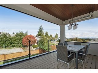 Photo 7: 15549 SEMIAHMOO AV: White Rock House for sale (South Surrey White Rock)  : MLS®# F1435921