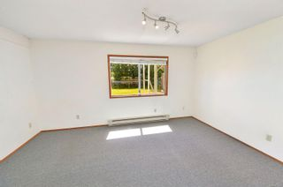 Photo 32: 597 LEASIDE Ave in : SW Glanford House for sale (Saanich West)  : MLS®# 878105