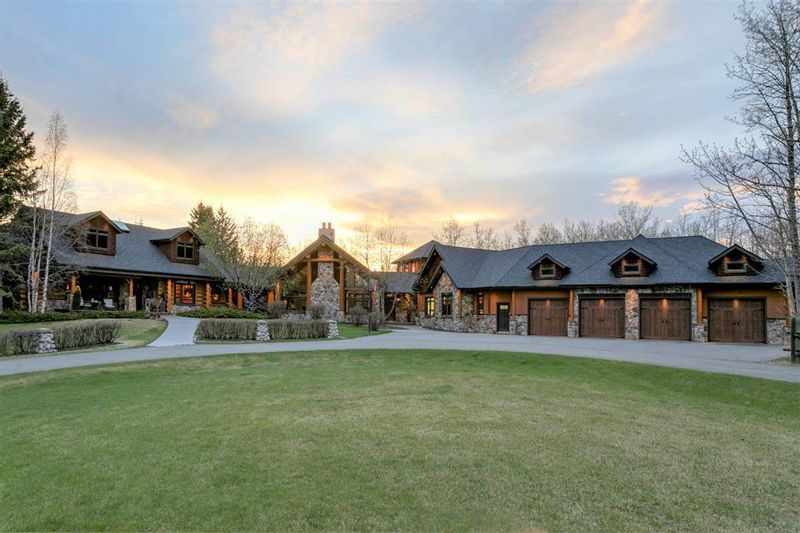 FEATURED LISTING: 31067 Woodland Heights Rural Rocky View County
