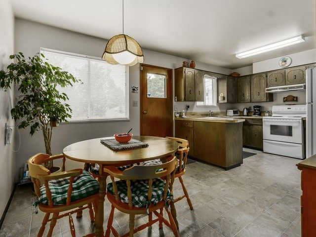 Photo 6: Photos: 753 E 18TH ST in North Vancouver: Boulevard House for sale : MLS®# V1130313