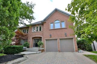 Photo 1: 37 Jolana Crt in Vaughan: Islington Woods Freehold for sale : MLS®# N3594938