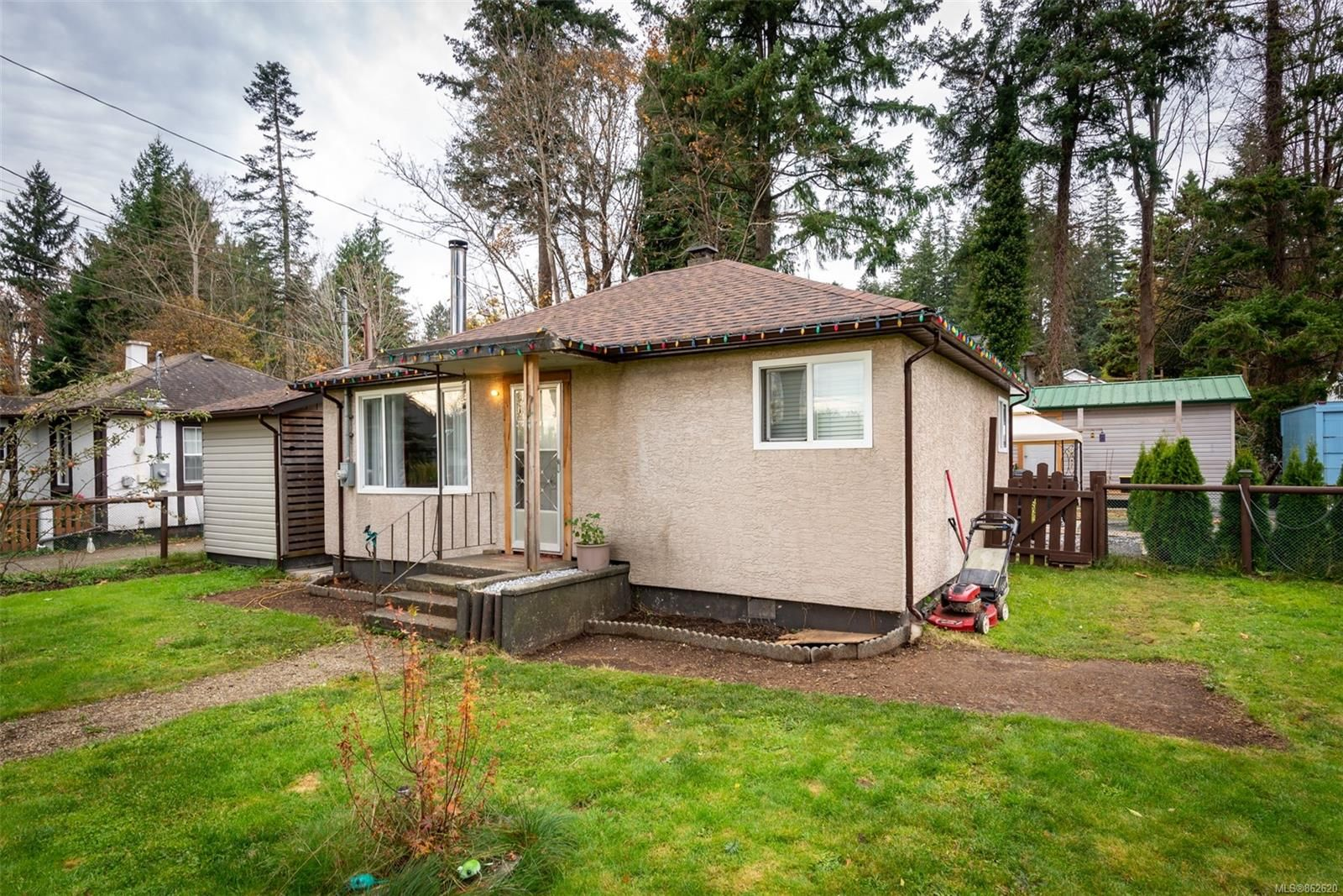 Main Photo: 2792 Vallejo Rd in : CR Campbell River North House for sale (Campbell River)  : MLS®# 862620