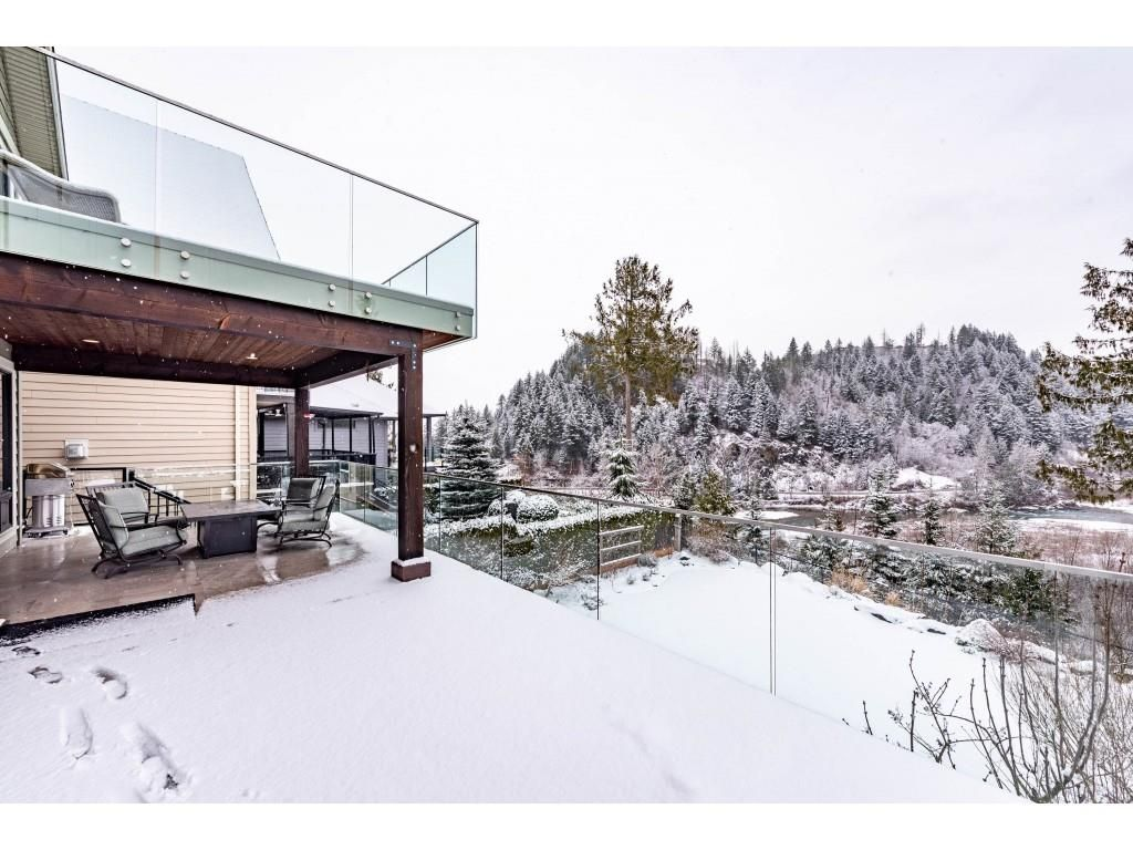 """Photo 18: Photos: 115 45473 ARIEL Place: Cultus Lake House for sale in """"Riverstone Heights"""" : MLS®# R2539139"""