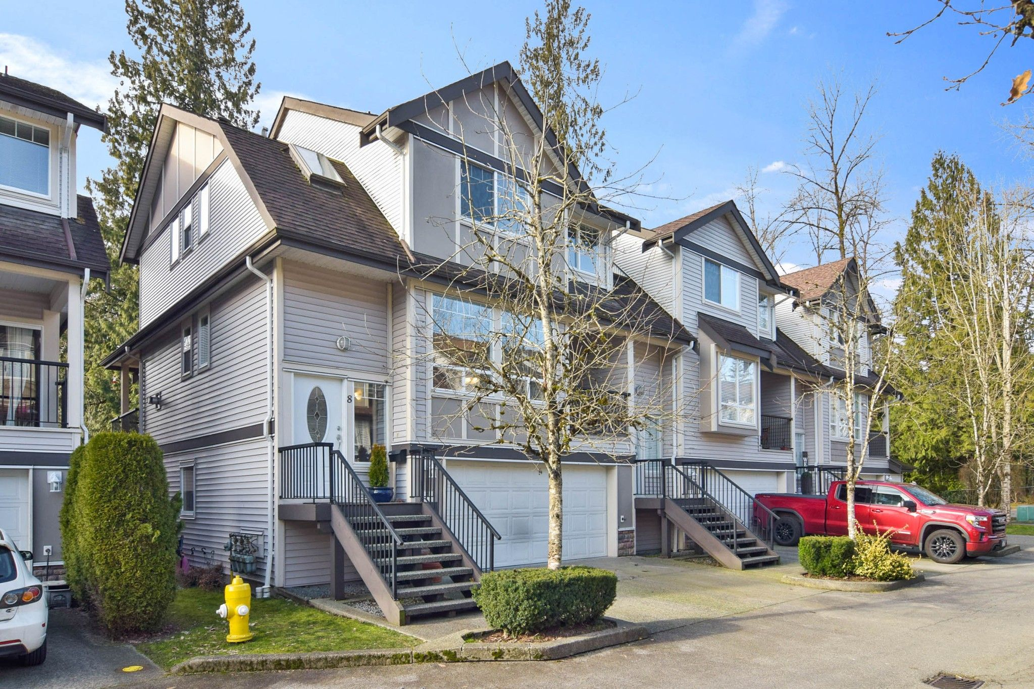 "Main Photo: 8 23233 KANAKA Way in Maple Ridge: Cottonwood MR Townhouse for sale in ""Riverwoods"" : MLS®# R2539467"